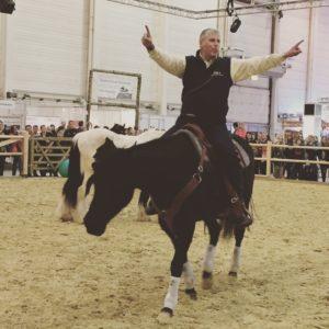 Serie: Entspannter Umgang mit dem Pferd – Tipps von Martin Kreuzer