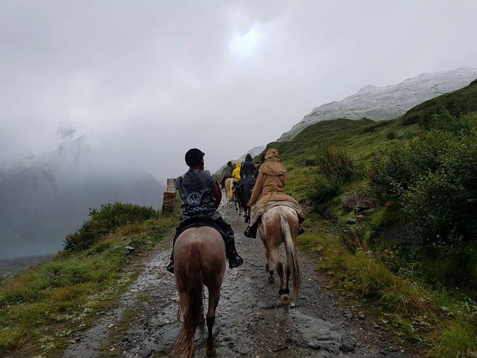 alpenüberquerung-mit-pferd