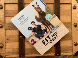 Read more about the article Wie fit ist dein Pferd? – Poledance auf dem Reitplatz [Rezension]